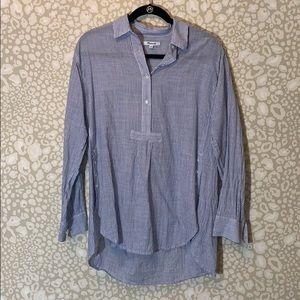 Madewell 1/2 button poplin blouse.